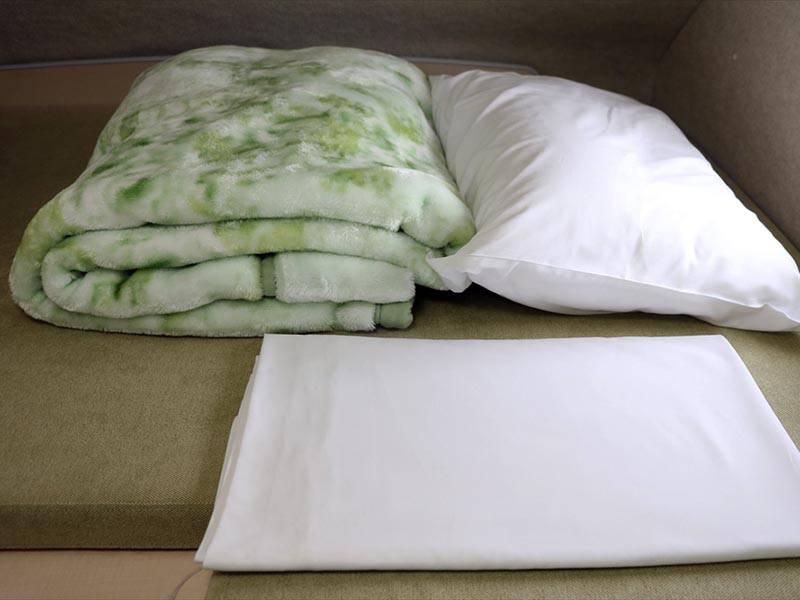 タオルケット・ベッドシーツ・枕セット 500円