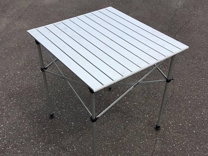 折り畳みテーブル 500円